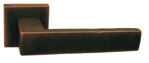 Poignée de porte Adina bronze sur rosace